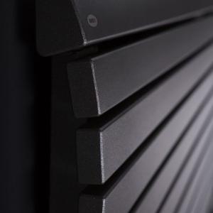 design heizkörper horizontal wohnzimmer wohnraum heizung arrow
