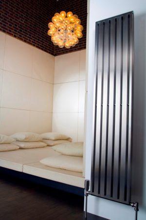 Edelstahl vertikaler design heizkörper stato küche wohnzimmer wohnraum heizung