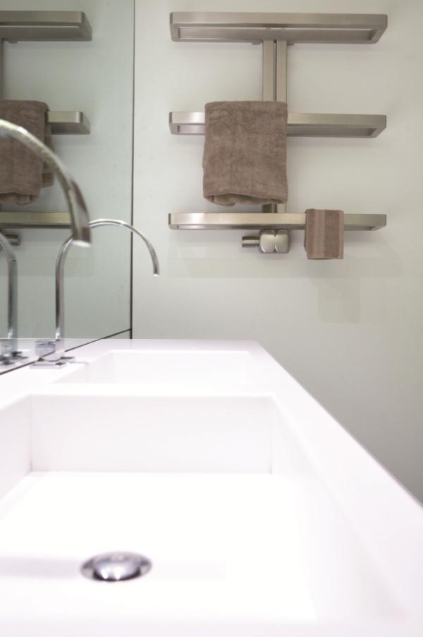 Edelstahl badezimmer design heizkörper Santos bad heizung